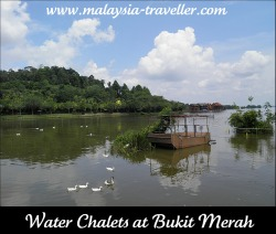 Bukit Merah water chalets in the background.