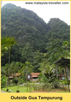 The area near the entrance to Gua Tempurung.