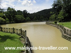 Lake at Lembah Kiara Park