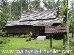 Negeri Sembilan House at Kampung Idaman