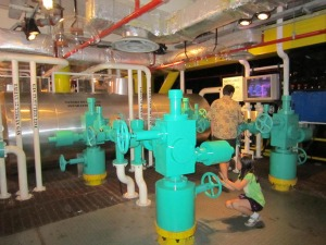 Scale model of oil rig, Petrosains, KLCC