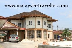 Tengku Menteri bungalow