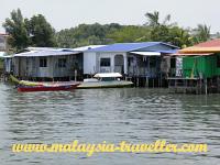 Patau-Patau Water Village (Kampung Air)