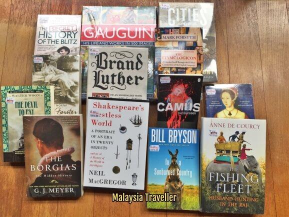 Kindle Malaysia Team At Big Bad Wolf Book Fair 2017