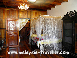Bedroom at Gopeng Heritage House