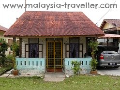 Simple House at Chetty Village
