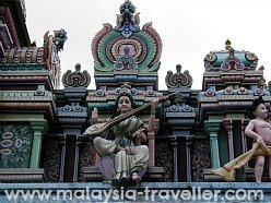 Sri Maha Mariamman Temple, Chitty Village