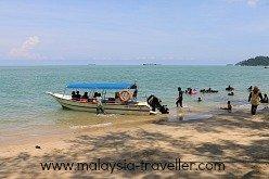Boat Rides at Teluk Batik Beach