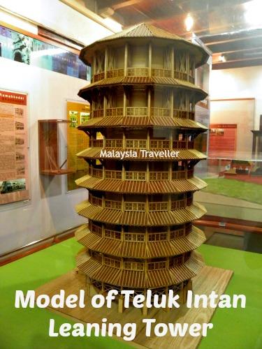Model of Teluk Intan Leaning Clocktower